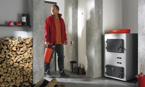 Как отопить дом без газа и электричества