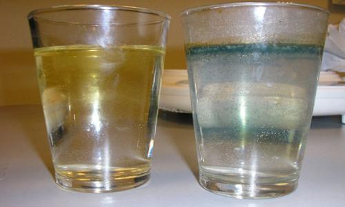 Вода из скважины с желтым оттенком